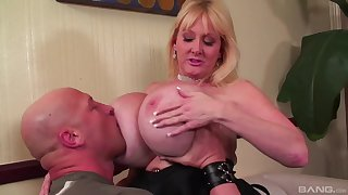 Top mature fucked on the couch and jizzed on her huge boobs