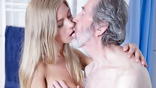 Aged Man Fucked Young Blonde Teen Blowjob Doggystyle and Cums